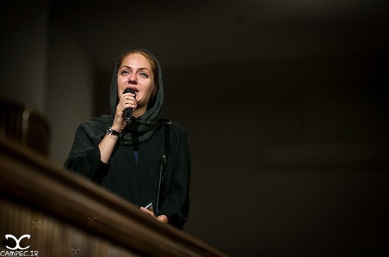 مهناز افشار در مراسم یادبود عباس کیارستمی