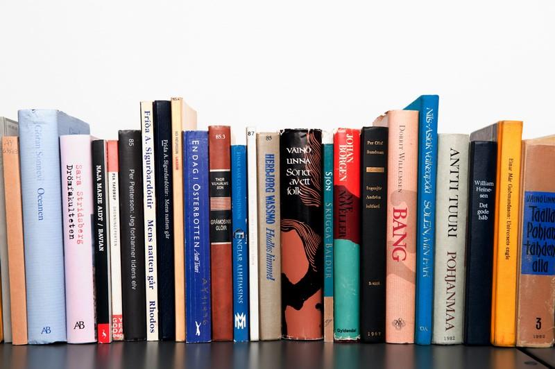 وبسایتهای دانلود رایگان یا خرید ارزانقیمت کتاب