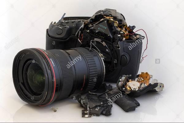 دوربین شکسته