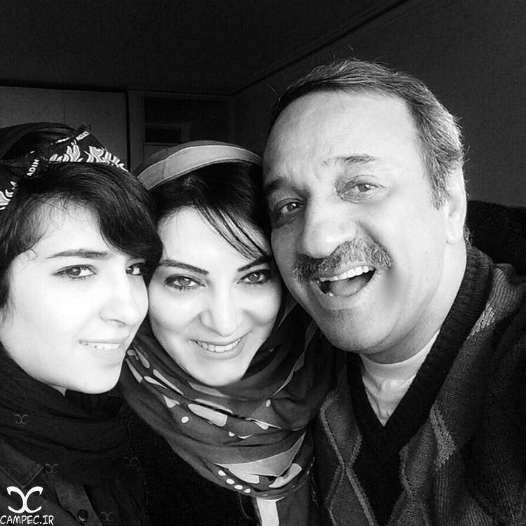 علی اسیوند با همسر و دخترش