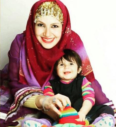 همسر علی صادقی،خاله شادونه زن علی صادقی،آیا ملیکا زارعی علی صادقی است،زن علی صادقی کیست،