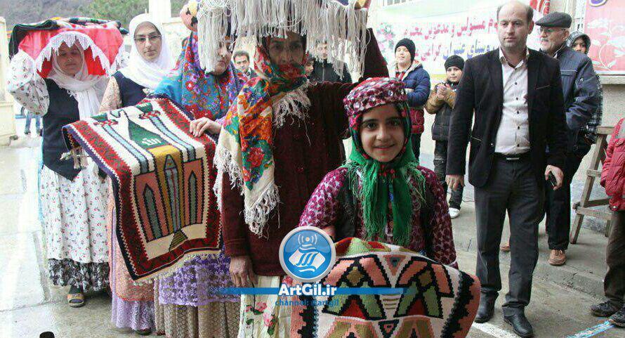 برگزاری دومین جشنواره فرهنگی گلیم با عنوان دلبافته های هنرمندان گلیم باف در دهکده صنایع دستی عنبران آستارا