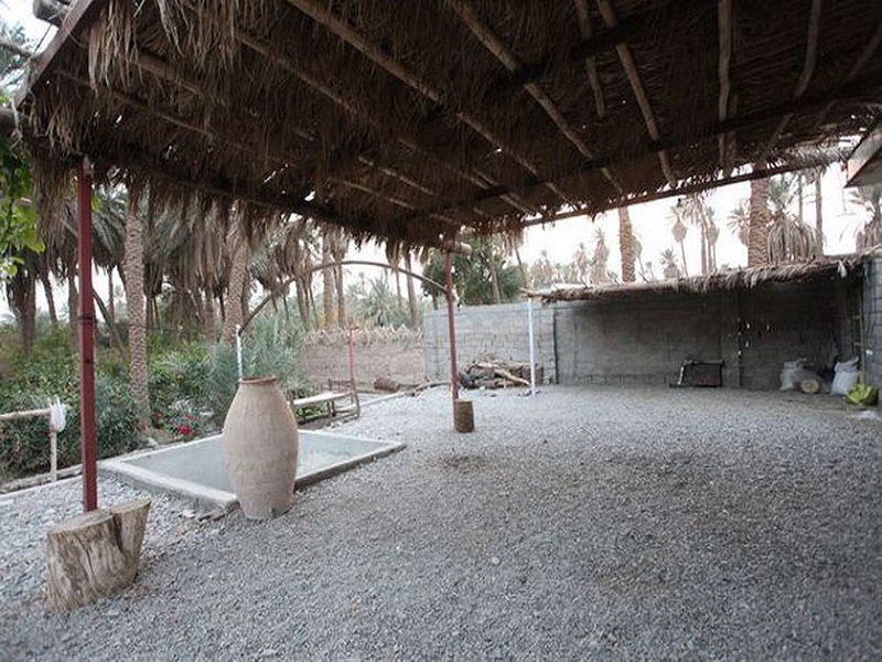 shahdad-002-yard