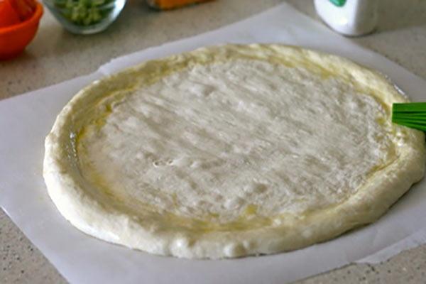 طرز تهیه ی خمیر پیتزا در منزل