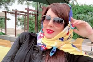 لیلا بلوکات با روسری و عینک بسیار زیبا