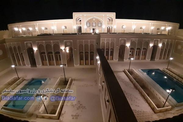 هتل قلعه وزیر میبد