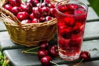 کنترل چند بیماری با شربت آلبالو