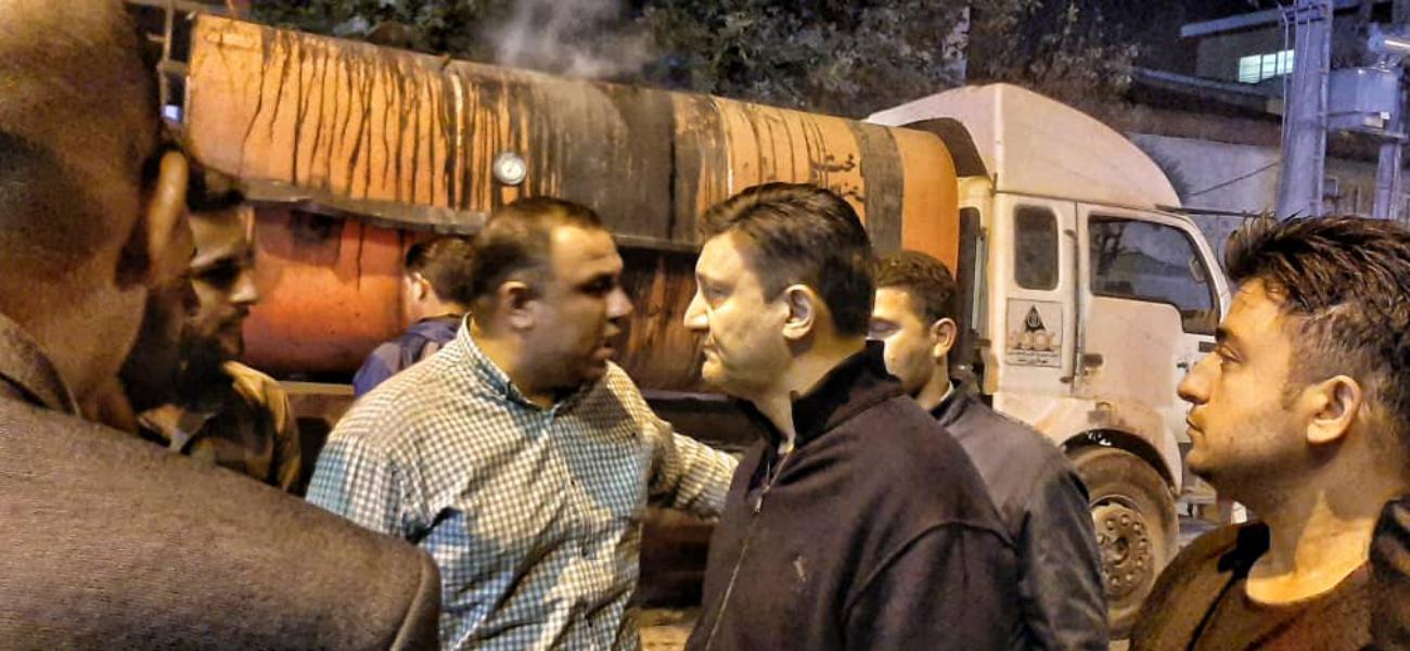 گزارش تصویری اجرای آسفالت شبانه بلوار معلم با حضور شهردار رشت