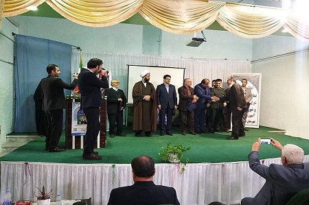 مروجان نماز در مدارس آستارا تجلیل شدند