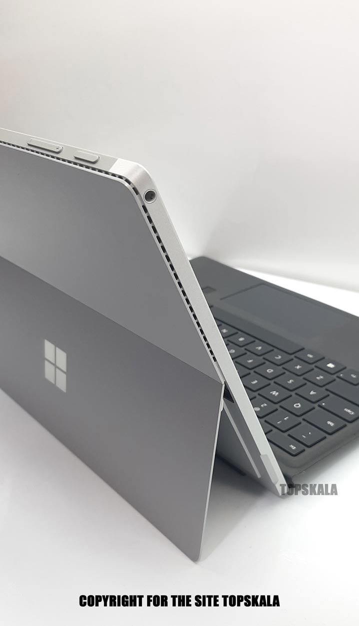 لپ تاپ استوک مایکروسافت مدل Microsoft Surface Pro 4 با مشخصات i7-6th-16GB-512GB-SSD-2GB-intel-HD-4600laptop-stock-microsoft-model-surface-pro-4-i7-16GB-512GB-SSD-2GB-intel-HD-4600