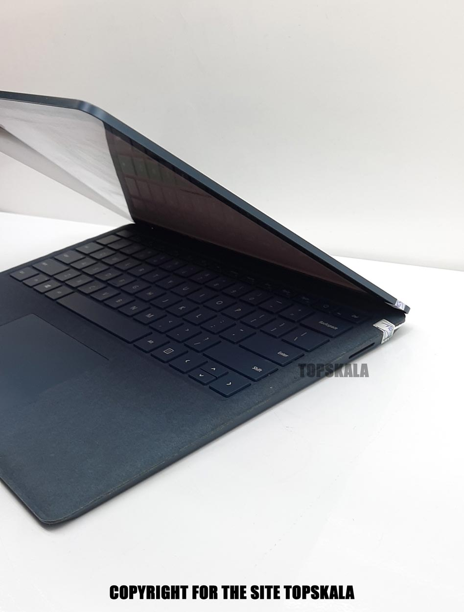 لپ تاپ استوک مایکروسافت مدل Surface Laptop Blue Cobalt با مشخصات i7-7th-8GB-256GB-SSD-4GB-intel-iris-640laptop-stock-Microsoft-model-Surface-laptop-blue-cobalt-i7-7th-8GB-256GB-SSD-4GB-intel-iris-640