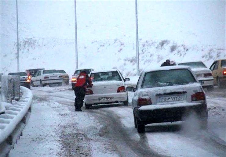 چگونه در حوادث جوی از مراکز امدادی در جادهها استفاده کنیم؟