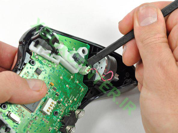آموزش باز کردن و جداسازی XBOX 360 Controller 10