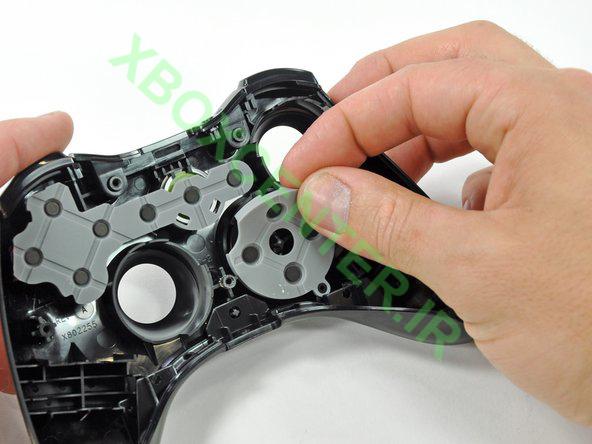 آموزش باز کردن و جداسازی XBOX 360 Controller 18