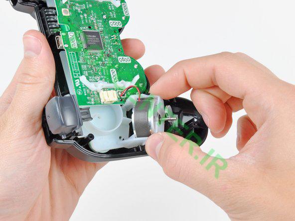 آموزش باز کردن PS3 DUALSHOCK3 Controller 13