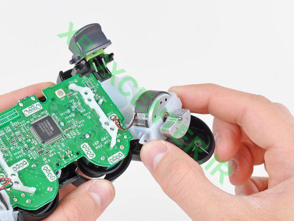 آموزش باز کردن PS3 DUALSHOCK3 Controller 14