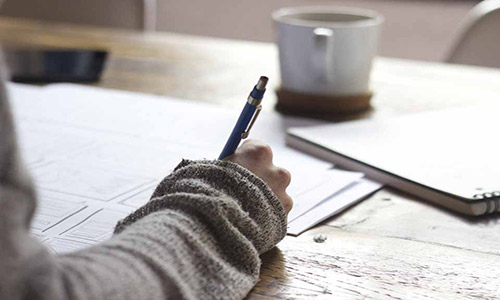 فواید نوشتن روی کاغذ بر مغز