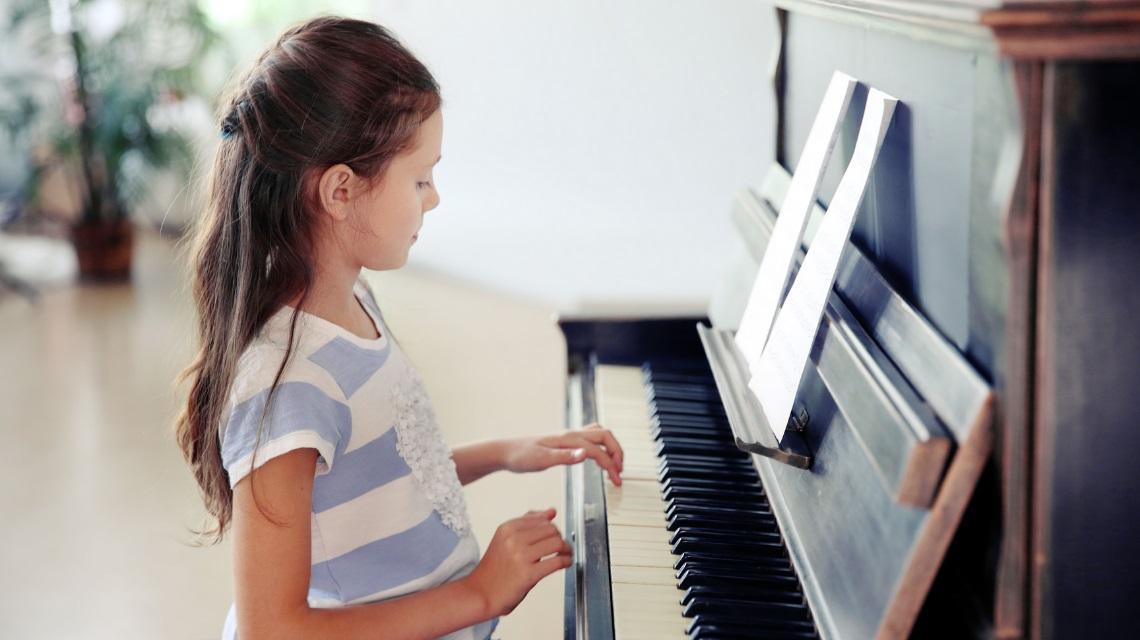 پنج دلیلی که در تمرین پیانو پیشرفت نمی کنید