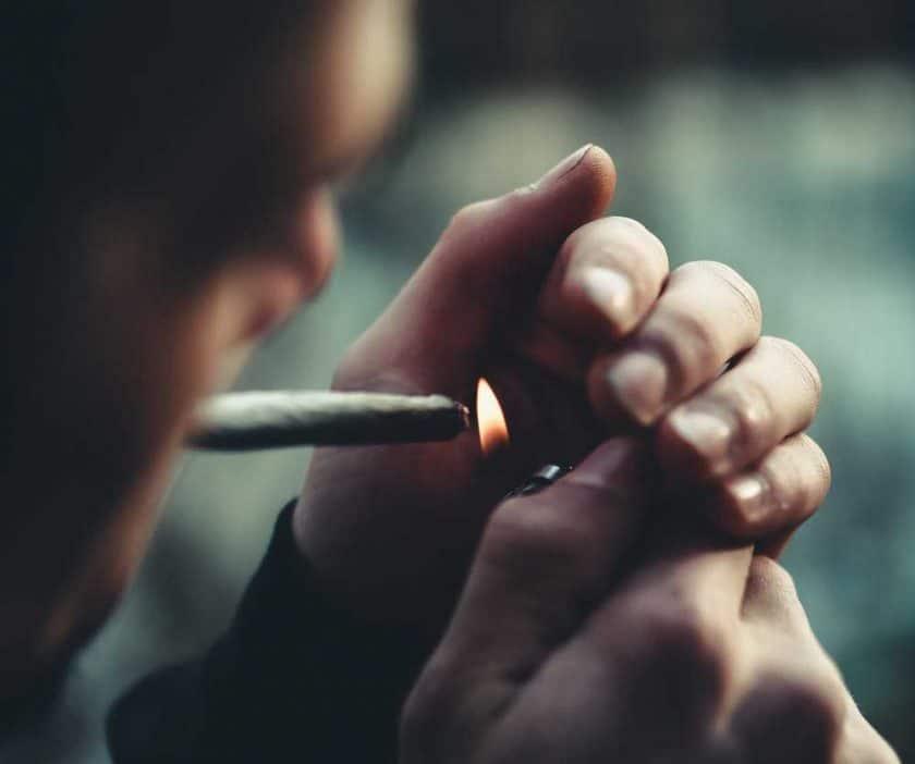 تاثیرمواد مخدر بر موزیسین ها