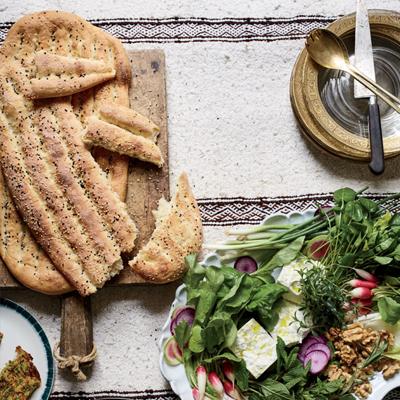 طرز تهیه نان بربری خانگی